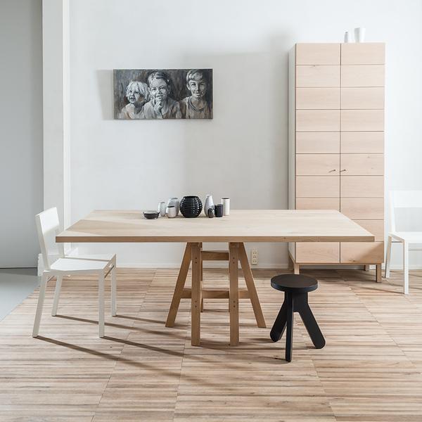 Pilat en Pilat Pakesytse tafel vierkant houten poot hout blad