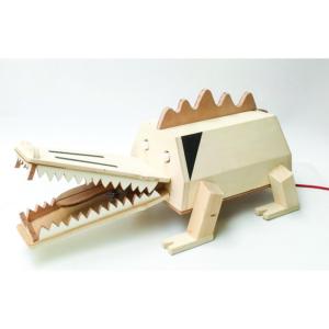studio hamerhaai verlichting hout verpakking upcycling kinderkamer
