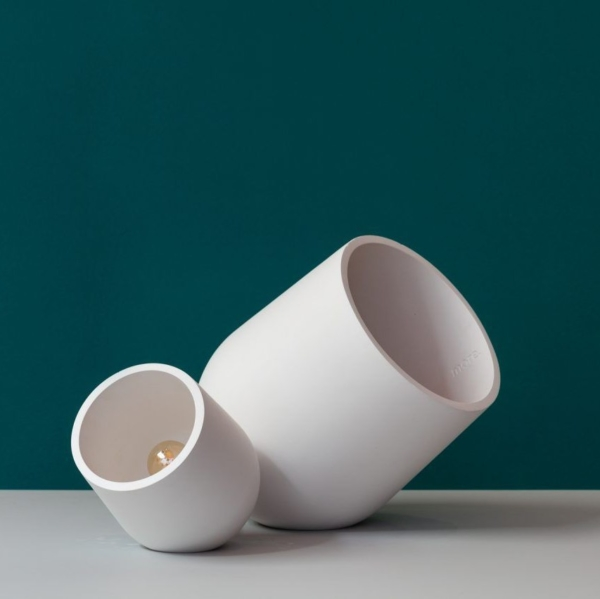 more circular wit tafellamp archy circulair hergebruik verlichting